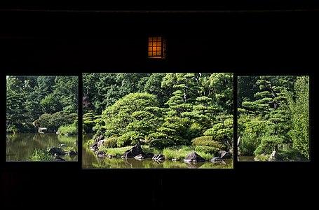 A scene from a chickee in Keitaku-en.