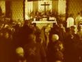 Adolf Kajpr Velikonoční bohoslužba v kněžské kapli Dachau.jpg