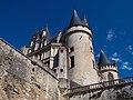 Aile est château de la Rochefoucauld côté ville.jpg