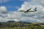 Air New Zealand Airbus A320 on final approach at Rotorua Airport (1).jpg
