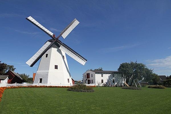 DINAMARCA: Molino de Årsdale, Svaneke, Bornholm