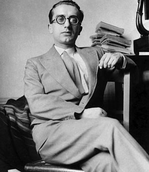 Aldo Capitini - Image: Aldo Capitini with books