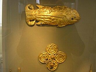 Vettersfelde Treasure - Two objects from the trove