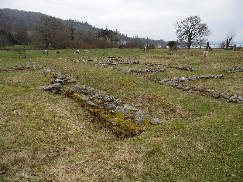 File:Ambleside Roman Fort, Cumbria 19.jpg