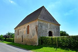 The old chapel in Sarceaux