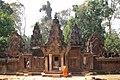 Angkor-Banteay Srei-06-von Osten-2007-gje.jpg