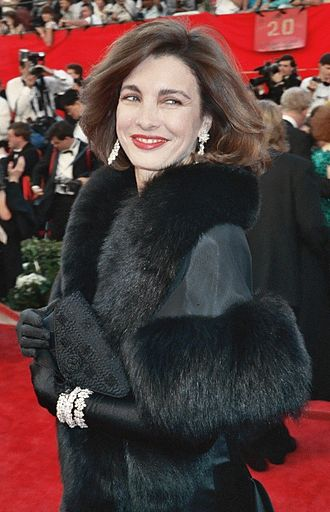 Anne Archer - Anne Archer at the 1989 Academy Awards
