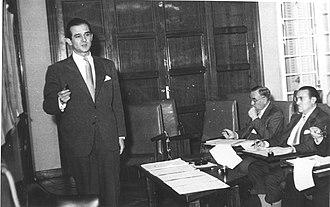 Antonio Valero Vicente - Antonio Valero during the Senior Business Management Program (PADE, 1959)