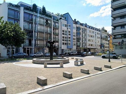 Artur-Kutscher-Platz