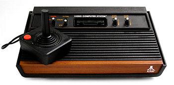 Atari 2600 mit Joystick
