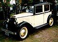 Austin 4-Dorrars Saloon 2.jpg