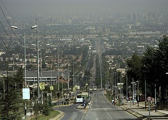 Peñalolén - Avenida Grecia, looking to west