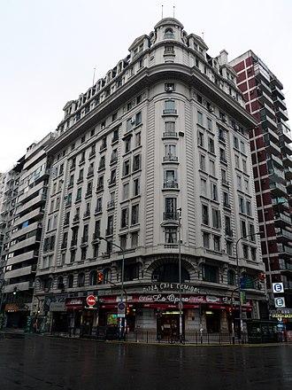 Avenida Callao - Image: Avenida Callao esquina Corrientes (b & w)