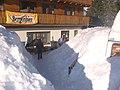 Az étterem bejárata 14.03.05 - panoramio.jpg