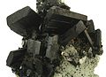 Babingtonite-Prehnite-bab12b.jpg