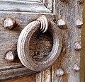 Badia di passignano, porta quattrocentesca, 07 maniglia.jpg