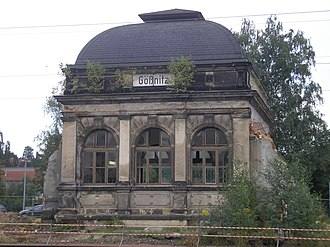 Gößnitz station - Entrance building (2010)