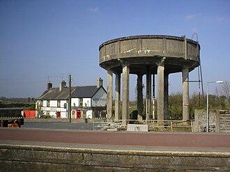 Ballybrophy - Image: Ballybrophy water tower 2002