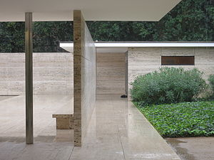 Barcelona Pavilion photo Christian Gänshirt 2012.JPG