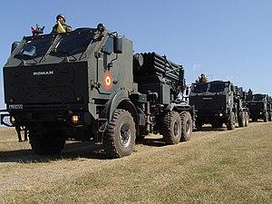 DAC (vehicle manufacturer) - Image: Batalionul 83 LAROM in deplasare spre raionul de desfasurare a exercitiului ROUEX 09