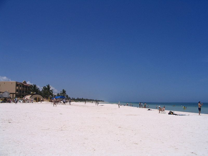 File:Beach at Progreso, Yucatán.JPG