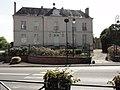 Beaumont-sur-Sarthe (Sarthe) l'hotel de Ville coté rue.jpg