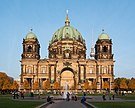 Berliner Dom vor Sonnenuntergang.jpg