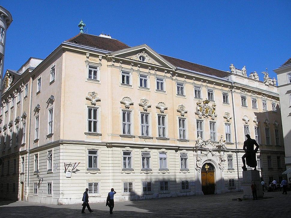 Boehmische Hofkanzlei Vienna April 2007 003