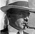 Bror Kronstrand med hatt och cigarr.jpg