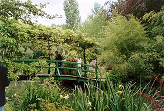 Giverny garden - Japanese bridge