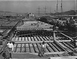 Building Finger Wharf, Woolloomooloo (2588239311).jpg