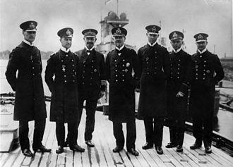 Franz von Hipper - Admiral Hipper (center) with his staff in 1916. Second from left: Erich Raeder, the future Großadmiral during World War II.