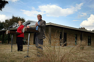Prairie Chapel Ranch - Angela Merkel and Bush outside the main house in November 2007