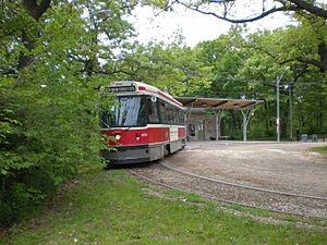 506 Carlton - Image: CLRV 4100 departs High Park Loop