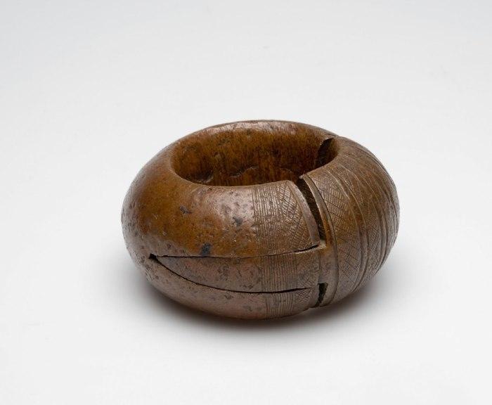 COLLECTIE TROPENMUSEUM Roodkoperen armband TMnr 4933-21
