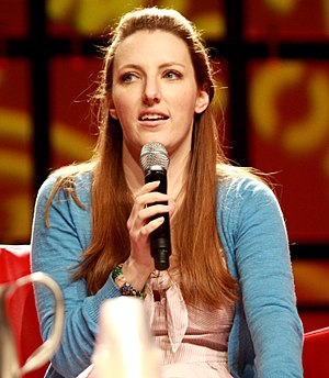 Caitlin Glass - Glass at the Phoenix Comicon in May 2013