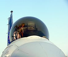 Photo d'une verrière de F-16 Fighting Falcon.