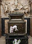Capella de la Resurrecció de la catedral de València, braç de sant Vicent Màrtir.JPG