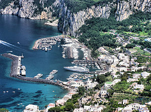 English: Capri harbour, from the viewpoint at ...