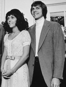 Black and white photograph of Karen and Richard Carpenter at the White House, Washington DC, August 1, 1972