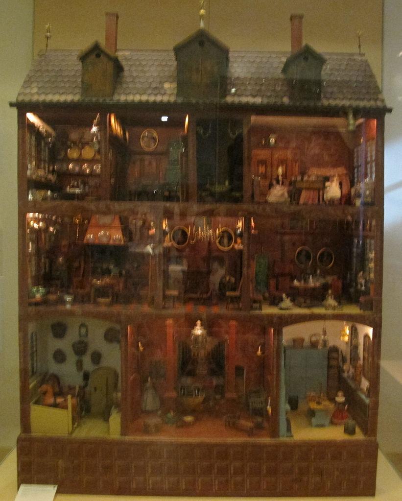 File casa di bambola della famiglia b umler di norimberga for Planimetrie della casa di piantagione