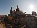 Castelul corvinilor.jpg