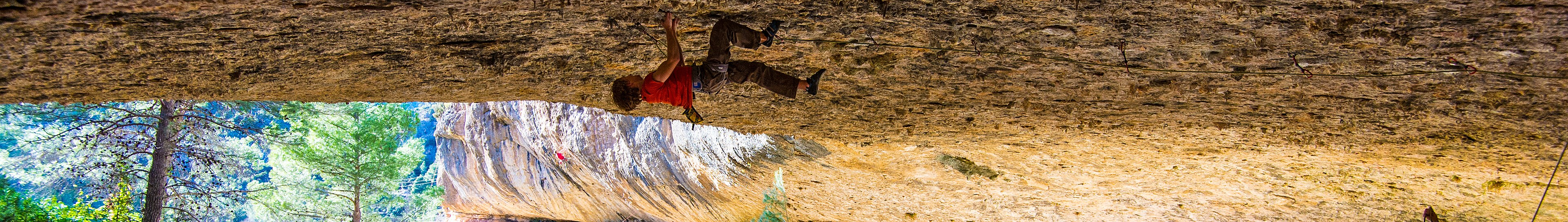 Roof climbing lead route in Catalonia 2016