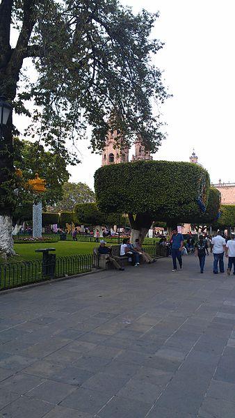 File:Catedral Metropolitana de Morelia 2012-10-02 10-25-16.jpg