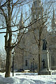 Cathedrale st jerome et statut curé Labelle.jpg