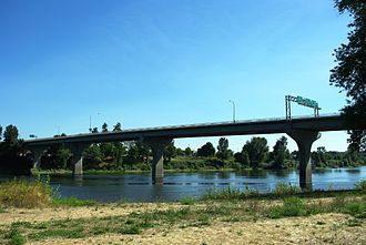 Center Street Bridge - Image: Center Street Bridge Salem