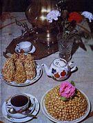 Gâteaux servis avec du thé