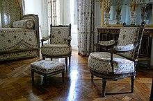 Mobilier aux épis créé par Georges Jacob pour la chambre de la reine