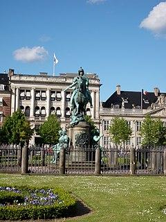 equestrian statue in Copenhagen