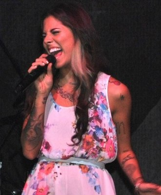 """Distance (Christina Perri song) - Christina Perri performing """"Distance"""" in Puerto Rico"""